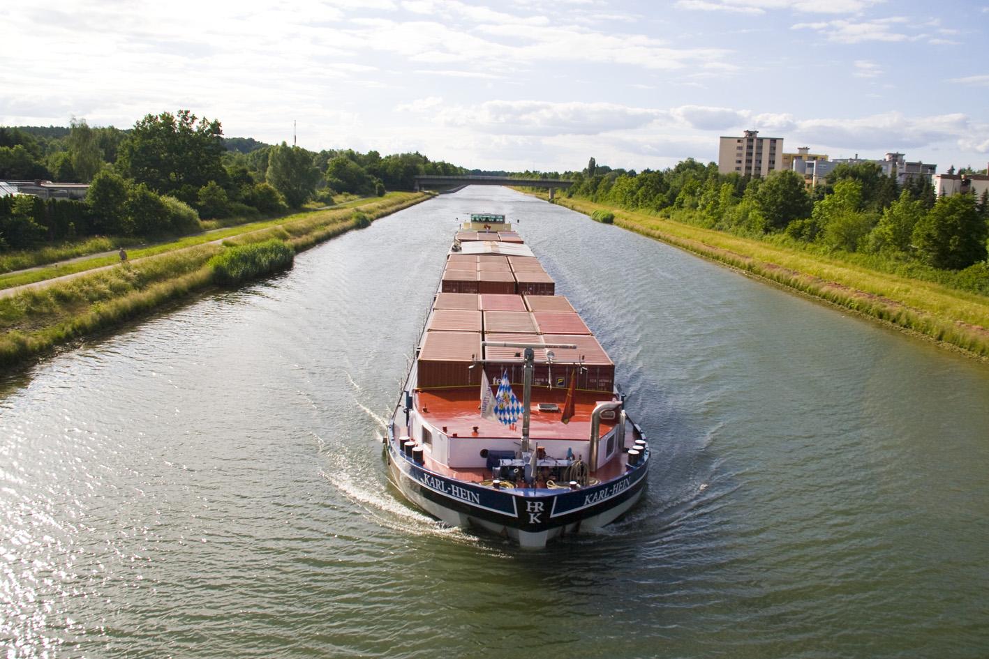 Datei:Kanal Schiff 1.jpg – FürthWiki